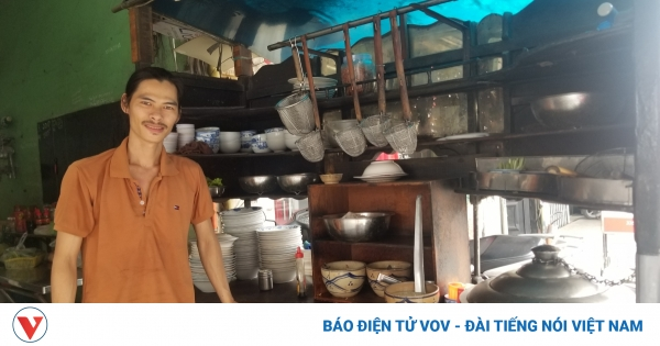 Quán hủ tiếu 60 năm truyền qua 3 đời ở đất Sài Gòn | VOV.VN