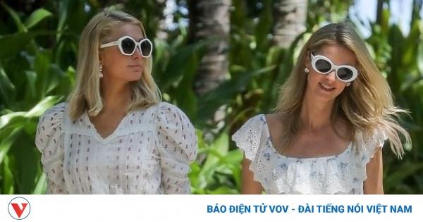 Chị em Paris Hilton diện đầm điệu đà, tạo dáng sang chảnh trong khuôn viên khách sạn