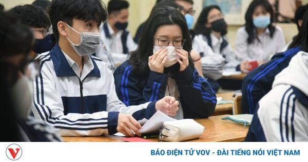 Hơn 2 triệu học sinh Hà Nội trở lại trường trong điều kiện phòng dịch được siết chặt | VOV.VN