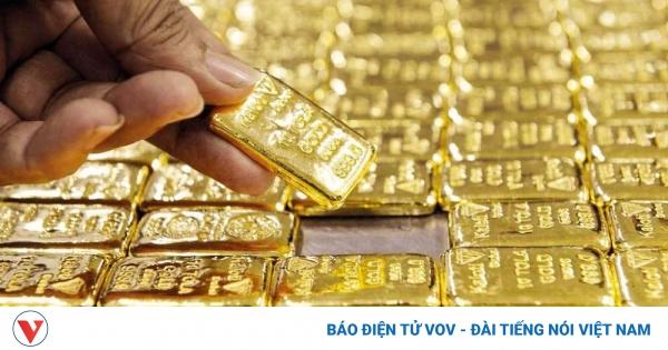 Giá vàng thế giới tăng nhẹ, nhưng vẫn thấp hơn giá vàng SJC khoảng 6,73 triệu đồng/lượng | VOV.VN