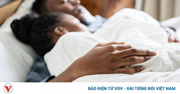 10 vật bạn không nên để trong phòng ngủ | VOV.VN