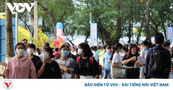 Chi tiết chỉ tiêu tuyển sinh các trường THPT ở Hà Nội năm học 2021- 2022 | VOV.VN