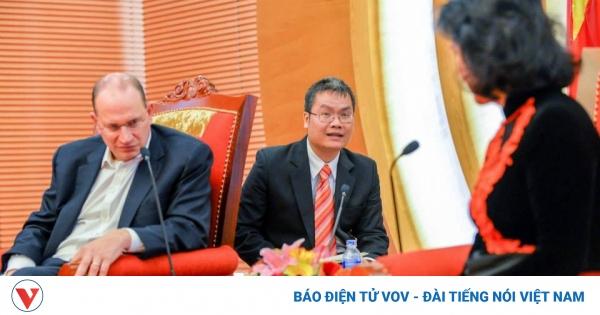 Giữ gìn sự trong sáng của tiếng Việt: Chúng ta có quá tự ti khi dùng tiếng Việt?   VOV.VN