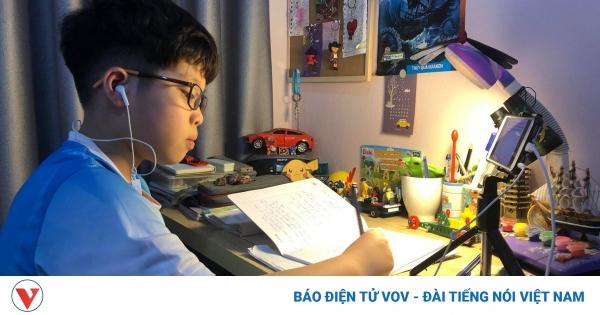 Hà Nội: Trường đủ điều kiện sẽ tổ chức thi học kỳ trực tuyến | VOV.VN