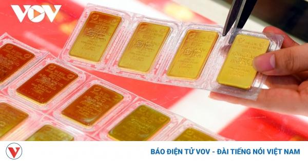 Giá vàng SJC đứng yên, vàng thế giới tiếp tục tăng | VOV.VN