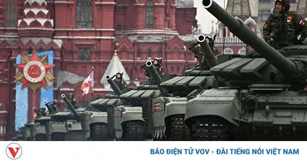 Chiêm ngưỡng dàn vũ khí hùng hậu của Nga trong lễ duyệt binh mừng 76 năm Ngày Chiến thắng | VOV.VN
