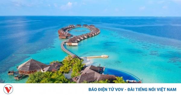 Thiên đường nghỉ dưỡng Maldives trả giá đắt khi mở cửa đón khách ồ ạt | VOV.VN
