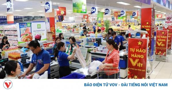 Mua sắm hàng hóa không biến động nhiều so với trước dịch Covid-19   VOV.VN