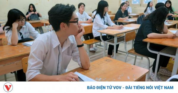 Ôn thi tốt nghiệp THPT: Không nên học đến quên ăn quên ngủ | VOV.VN